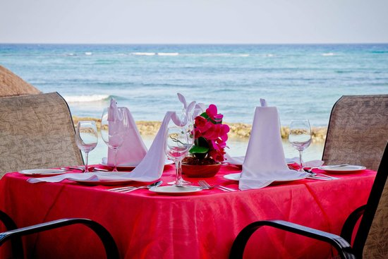 Omni Puerto Aventuras Beach Resort: Dinner  with a spectacular view