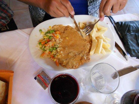 Restaurant Drosia: Snitzel