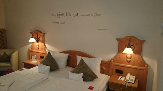BEST WESTERN PLUS Berghotel Rehlegg: Bett