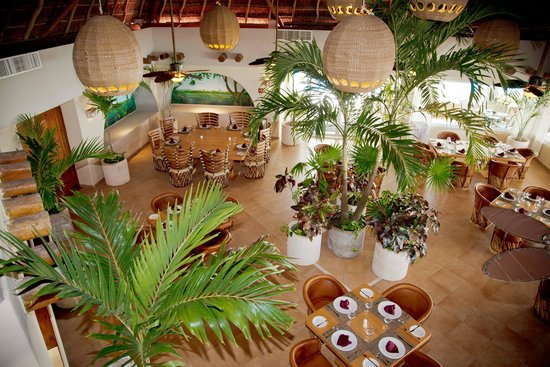 Omni Puerto Aventuras Hotel Beach Resort: Restaurant El Xenote Mayan cuisine