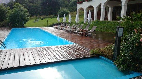 Best Western Plus Berghotel Rehlegg: Aussenpool