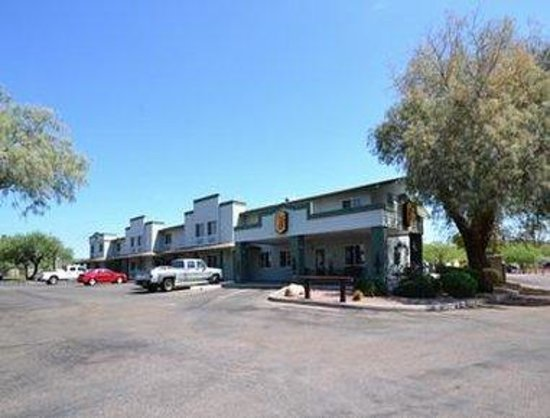 Super 8 Wickenburg AZ: Welcome to the Super 8 Wickenburg