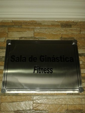 Amazonia Tower Hotel: Anuncios en Portugues e Ingles en todas las areas