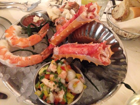 Joe's Seafood Prime Steak & Stone Crab: Big whale platter