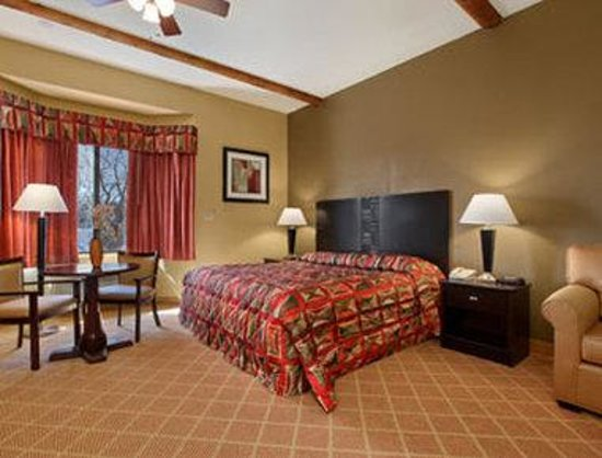 Super 8 by Wyndham Payson: Jacuzzi Suite