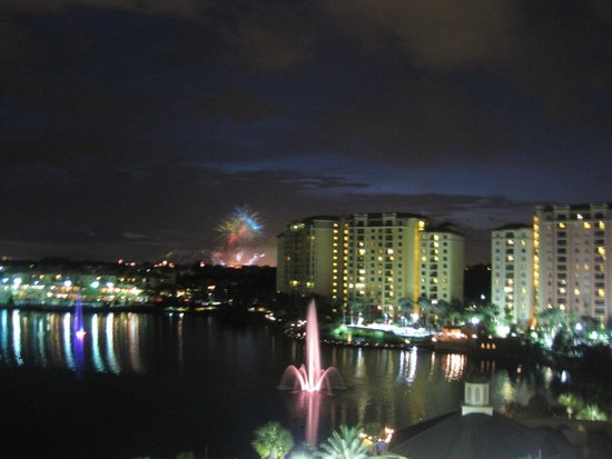 Wyndham Grand Orlando Resort Bonnet Creek: Fireworks at night