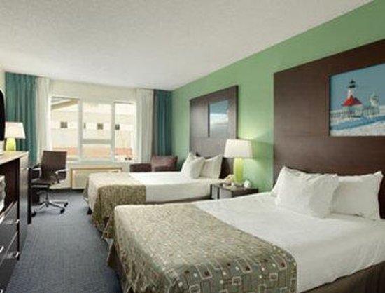 Super 8 Stevensville: Standard Two Double Bed Room