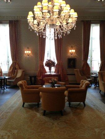 Grand Hotel Casselbergh Bruges: лобби бар очень милый и приятный