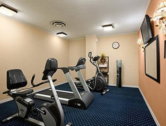 Days Inn Lebanon Valley Hershey Area: Gym/ Fitness Center