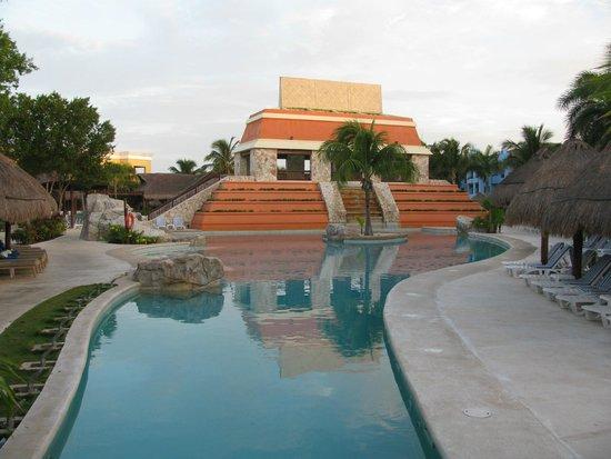 Iberostar Paraiso Lindo: Wave Pool