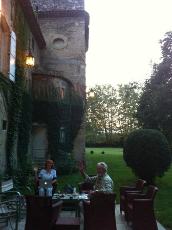 Chateau Beaupre Deleuze: Sunset Apero