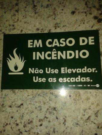Amazonia Tower Hotel: anuncios