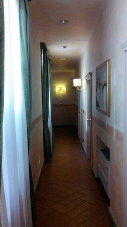 Hotel Alba Palace : Le couloir au 2e étage