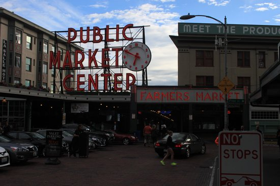 Seattle By Foot: Pike Place