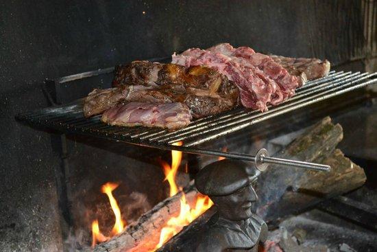 Le Boeuf d'Antan: La cheminée