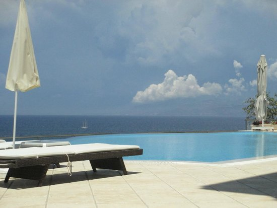Lavista Boutique Hotel: Lovely pool..