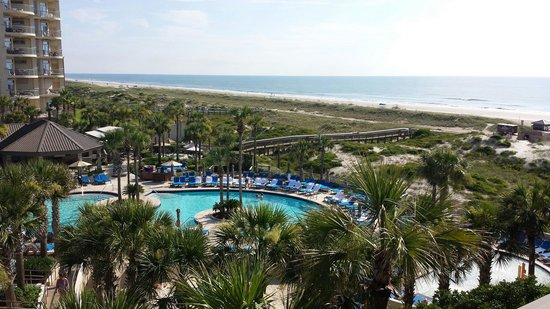 The Ritz-Carlton, Amelia Island: Pool and beach view.