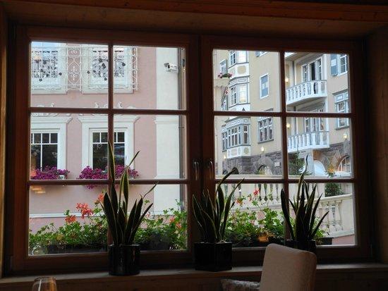 Hotel Adler Dolomiti Spa & Sport Resort: Dal ristorante
