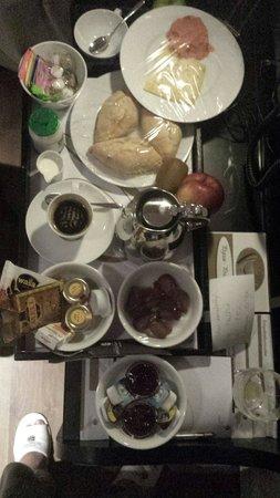Sandton Grand Hotel Reylof: Ramadan sahr 3 o clock in night