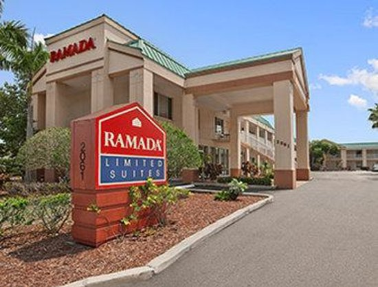 Ramada Limited Clearwater Hotel and Suites: Exterior