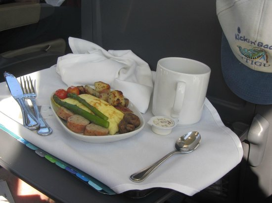 The Rocky Mountaineer Train: Breakfast