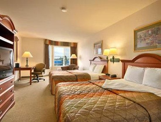 Ramada Limited San Francisco Airport North: Standard Two Queen Bed Room