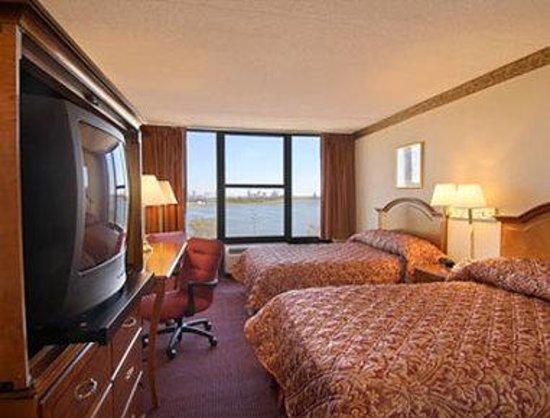 Ramada West Atlantic City: Standard Two Double Bed Room