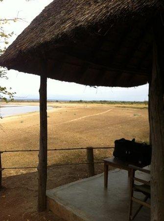 Wildlife Camp: Blick vom festen Zelt