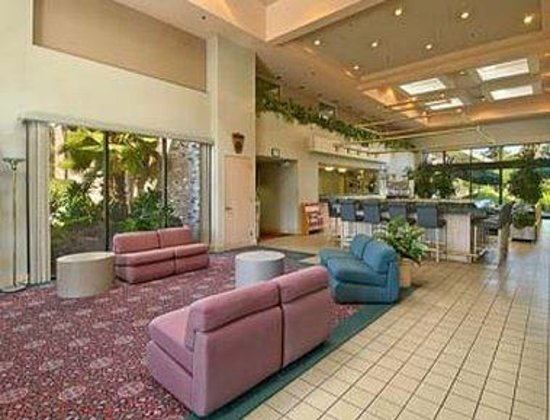 Ramada Sunnyvale/Silicon Valley: Lobby