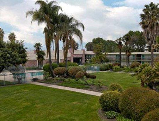 Ramada Sunnyvale/Silicon Valley: Courtyard
