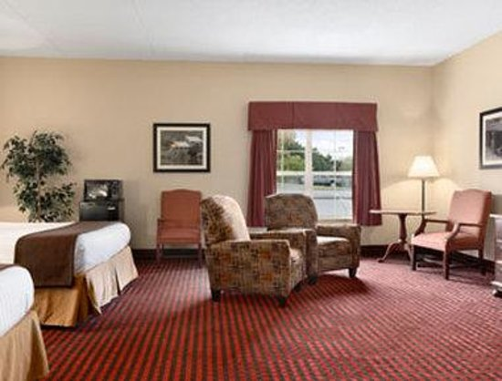 Ramada Pigeon Forge North: Family Suite