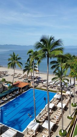 Crown Paradise Golden Resort Puerto Vallarta: View from our room 1709 (7th Floor)