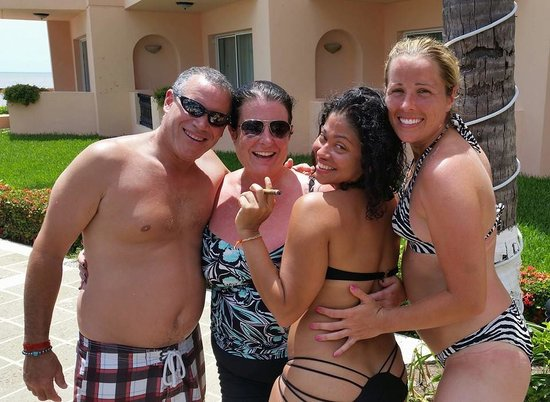 Crown Paradise Golden Resort Puerto Vallarta: New Friends by the pool!