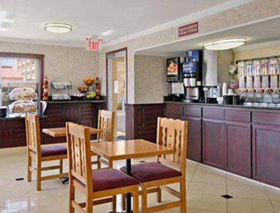 Ramada Flagstaff East : Breakfast Area