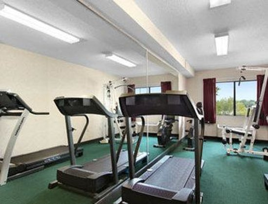 Ramada Limited Tell City : Fitness Center