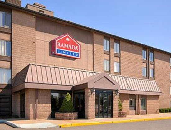 Red Carpet Inn & Suites South Plainfield/Piscataway: Welcome to the Ramada Limited South Plainfield/Piscataway