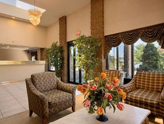 Red Carpet Inn & Suites South Plainfield/Piscataway: Lobby