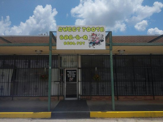 Sweet Tooth BBQ: New location