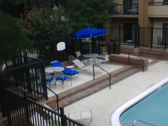 Courtyard Dallas Richardson at Spring Valley: Pool