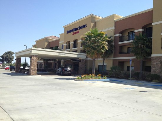 SpringHill Suites Madera: Exterior
