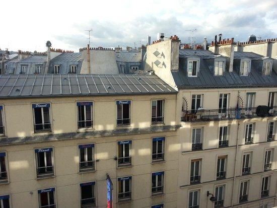 Novotel Paris Gare de Lyon: Вид из номера 6-го этажа