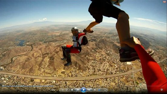 3-way formation in Skydive Elsinore - Picture of Skydive