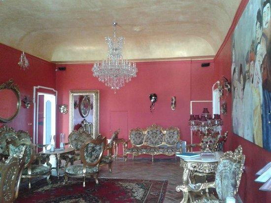 Villa Barocco: The lounge with grand piano