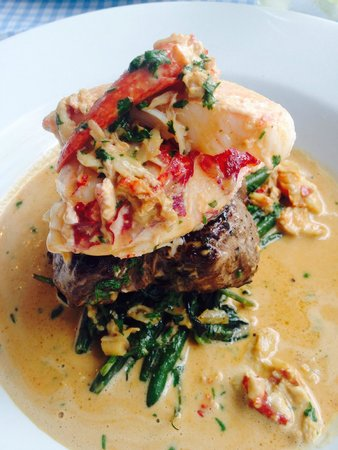 The Chronicle Restaurant: Surf and Turf( lobster and Fillet steak) Delicious