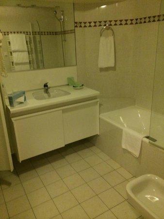 Warwick Reine Astrid -  Lyon : salle de bain