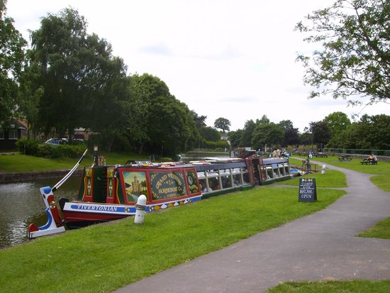 Tiverton Canal Co: Horse drawn canal boat.