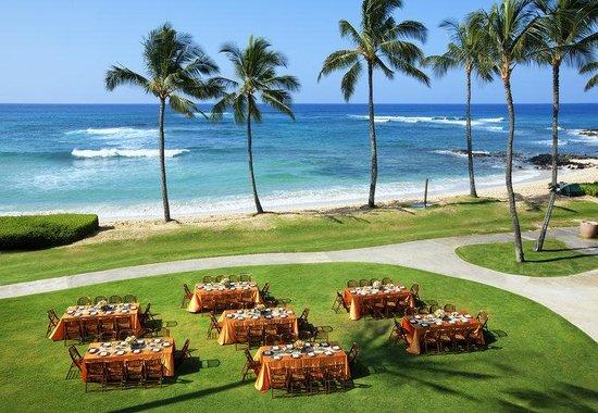Sheraton Kauai Resort: Beach Lawn