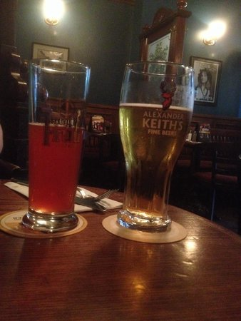 Darcy McGees: Hot Day, Cold Beer