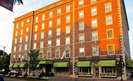 Hawthorne Hotel Exterior