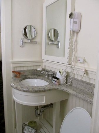 Hawthorne Hotel : Lovely Bathroom